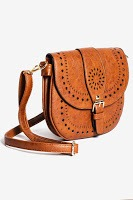 le tote saddle bag