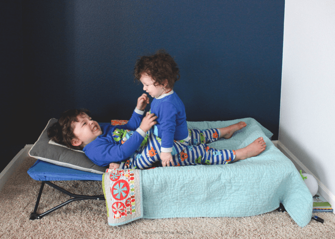 Tips for getting your toddler to sleep while traveling ...