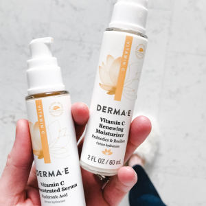 derma e vitamin c renewing moisturizer concentrated serum hyaluronic acid probiotics rooibos affordable skincare, gluten free vegan cruelty free skin care